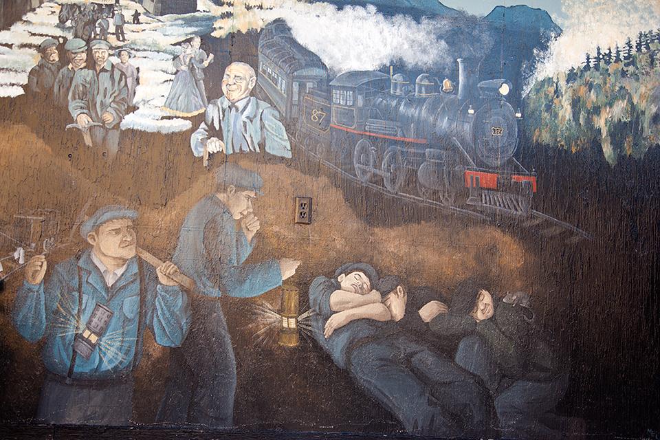 Bellevue Mine Mural #_1