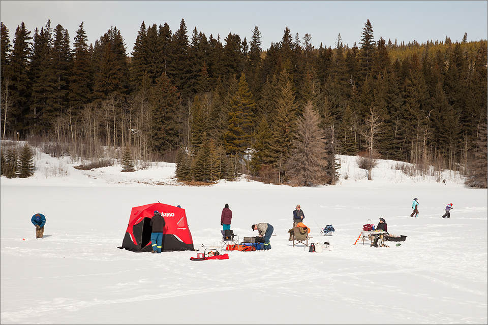 Ice fishing at Beaver Mines Lake